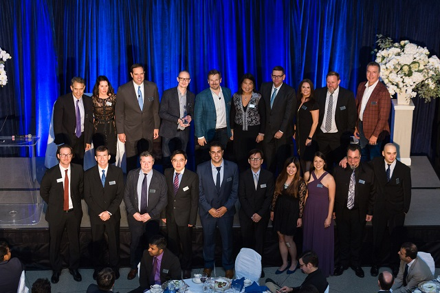 Winners enjoying a proud moment with Cisco executives at the 2017 Pioneer Awards gala.